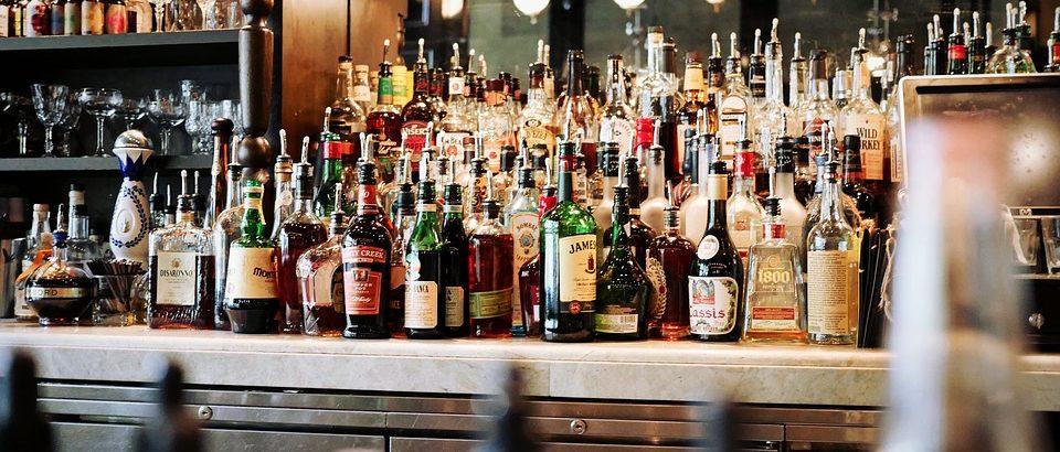 Obbligo di denuncia fiscale per la vendita di alcolici