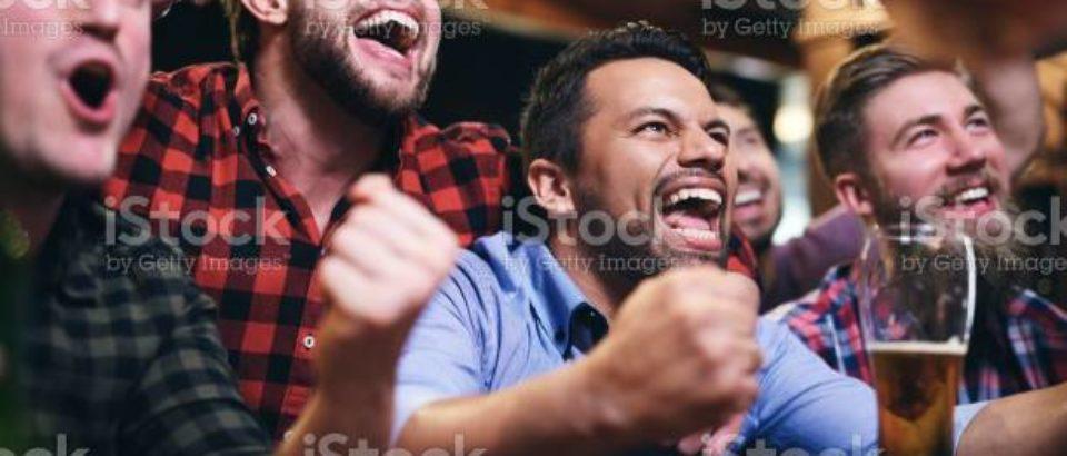 """Installazione di apparecchi TV in vista del Campionato UEFA """"Euro 21"""" di calcio: NESSUN CANONE RAI, SIAE SCONTATA AL 20%"""